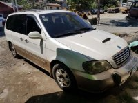 Kia Carnival 2002 Registered 2018 tire 90%