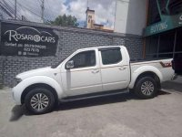 2015 Nissan Navara GTX 4x4 M/T White for sale