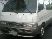 SELLING Nissan Urvan 2000 model