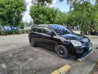 Kia Carens 2010 in excellent condition