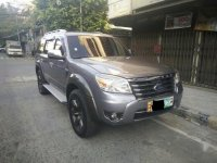 Selling 2nd Hand (Used) Ford Everest 2010 in Manila