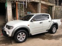 Selling Mitsubishi Strada 2009 Manual Diesel in Baguio