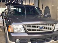Selling Ford Explorer 2005 Automatic Gasoline in Quezon City