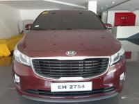 2nd Hand Kia Carnival 2017 at 15000 km for sale