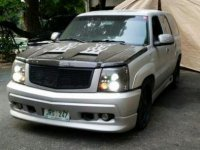 2nd Hand Cadillac Escalade 2002 for sale in Quezon City