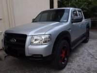 Selling 2nd Hand Ford Ranger 2009 in Lipa