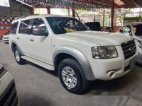White Ford Everest 2007 Manual for sale
