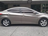 Grey Hyundai Elantra 2013 at 54000 km for sale