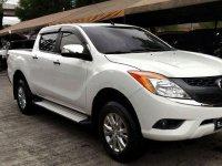 Selling White Mazda Bt-50 2016 in Cainta