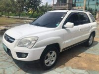 Selling White Kia Sportage 2009 in Talisay