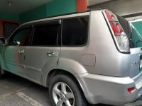 Selling Silver / Grey Nissan X-Trail 2005 Automatic Gasoline at 200000 km