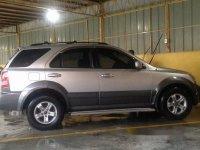 Sell White 2006 Kia Sorento at 108000 km