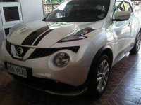 Selling White Nissan Juke 2017 Automatic Gasoline