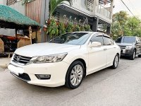 Pearlwhite Honda Accord 2014 for sale in Bacoor