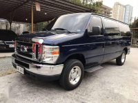 Selling Ford Chateau 2013 in Manila