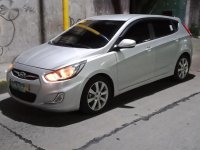 Sell 2013 Hyundai Accent in Mandaluyong