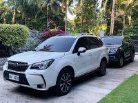 Selling Pearl White Subaru Forester 2018 in Dauin
