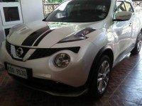 Selling White Nissan Juke 2017 at 29000 km