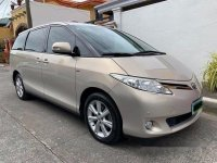 Selling Toyota Previa 2010 at 63000 km