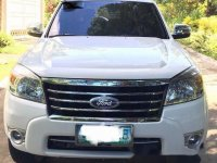 White Ford Everest 2011 Automatic for sale