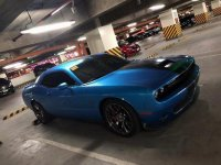 Selling Blue Dodge Challenger 2017 at 3000 km