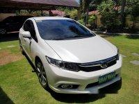 White Honda Civic 2013 at 68000 km for sale
