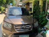 Sell 2011 Hyundai Santa Fe in Olongapo