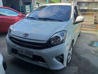 White Toyota Wigo 2015 at 30000 km for sale