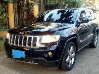Selling Black Jeep Grand Cherokee 2011 in Manila