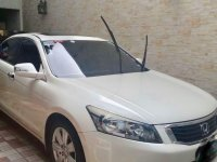 Sell Pearl White 2008 Honda Accord in San Juan