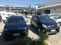 Selling Black Toyota Wigo 2015 in Manila