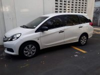 White Honda Mobilio 2015 for sale in Manual