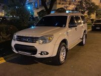 White Ford Everest 2014 for sale in Pasay