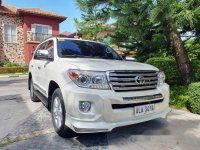Selling White Toyota Land Cruiser 2015 in Bacoor