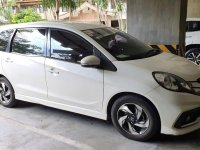 Pearl White Honda Mobilio 2015 for sale in Automatic
