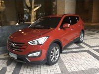 Selling Red Hyundai Santa Fe 2013 in Makati