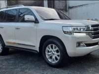 White Toyota Land Cruiser 2017 for sale in Quezon City