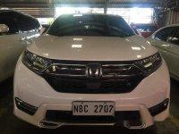 Selling White Honda Cr-V 2018 in Mandaluyong