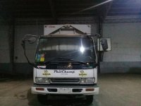 Sell White 1997 Isuzu Forward in Antipolo