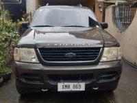 Selling Black Ford Explorer 2005 in Taguig