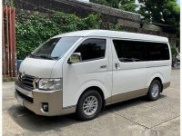Selling White Toyota Hiace 2016 in Manila