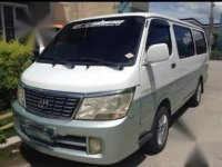 Selling White Toyota Hiace 2017 in Castillejos