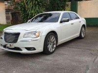 White Chrysler 300c 2014 for sale in Manila