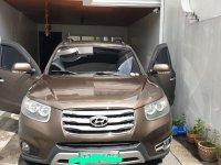 Selling Brown Hyundai Santa Fe 2012 in Quezon City