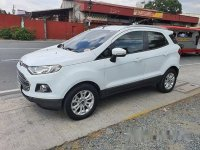 White Ford Ecosport 2014 at 77000 km for sale