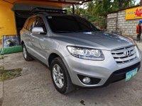 Selling Silver Hyundai Santa Fe 2010 in Cabuyao