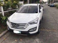 Selling White Hyundai Santa Fe 2013 in Angeles