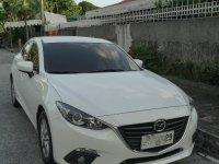 Selling Pearl White Mazda 3 2015 in Manila