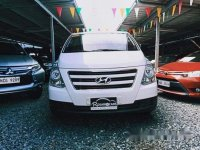 Sell White 2017 Hyundai Starex in Pasig