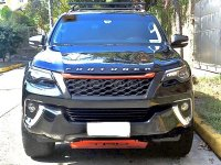 Black Toyota Fortuner 2018 for sale in Mandaluyong